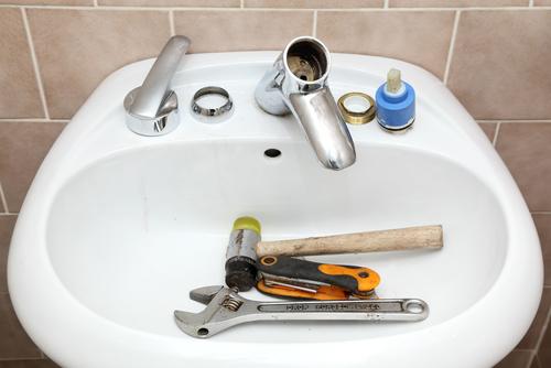 Four Bathroom Vanity Installation Tips