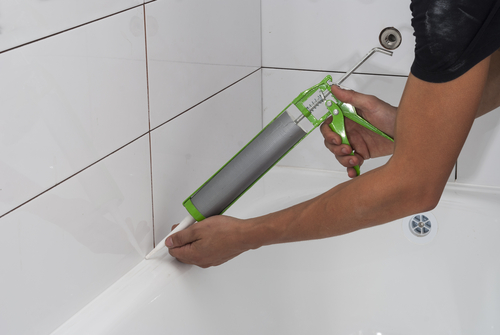 When How To Re Caulk Your Bathroom