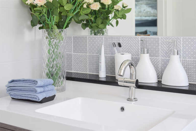 Astonishing How To Select The Right Grout For Your Bathroom Interior Design Ideas Clesiryabchikinfo