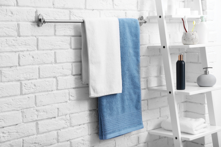 How To Know When It S Time To Replace Your Towels Modern Bathroom