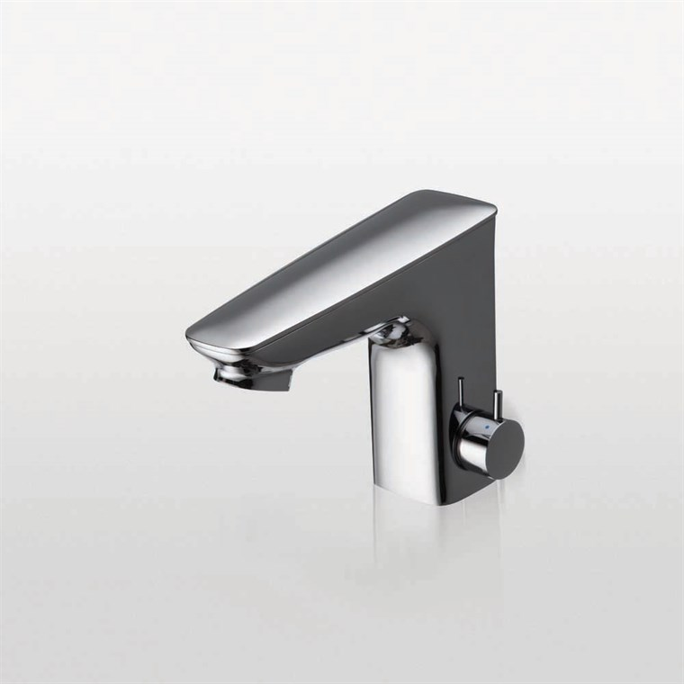 TOTO Integrated EcoPower Sensor Faucet, Thermal Mixing - 0.5 GPM - Polished Chrome TEL5LI15R.CP