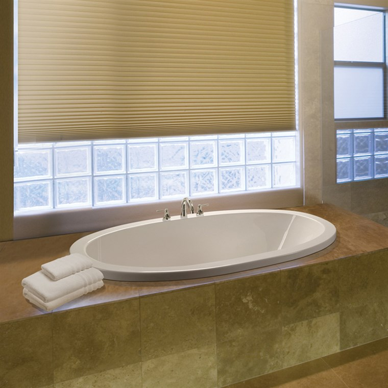 "MTI Adena 2 Tub Medium (63"" x 35"" x 20"") MTI-122"