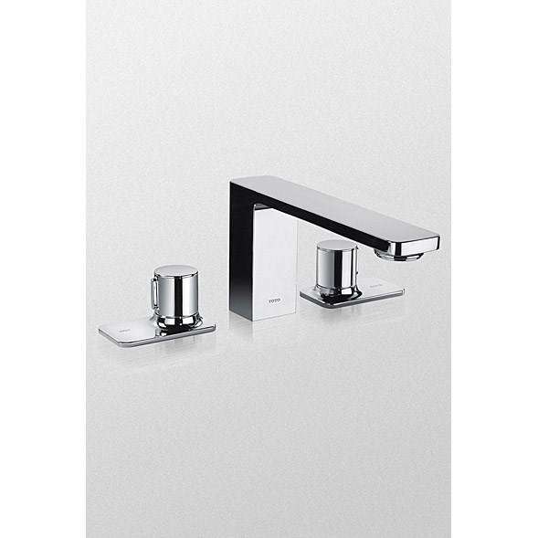 TOTO Kiwami™ Renesse™ Deck-Mount Bath Faucet - Polished Chrome